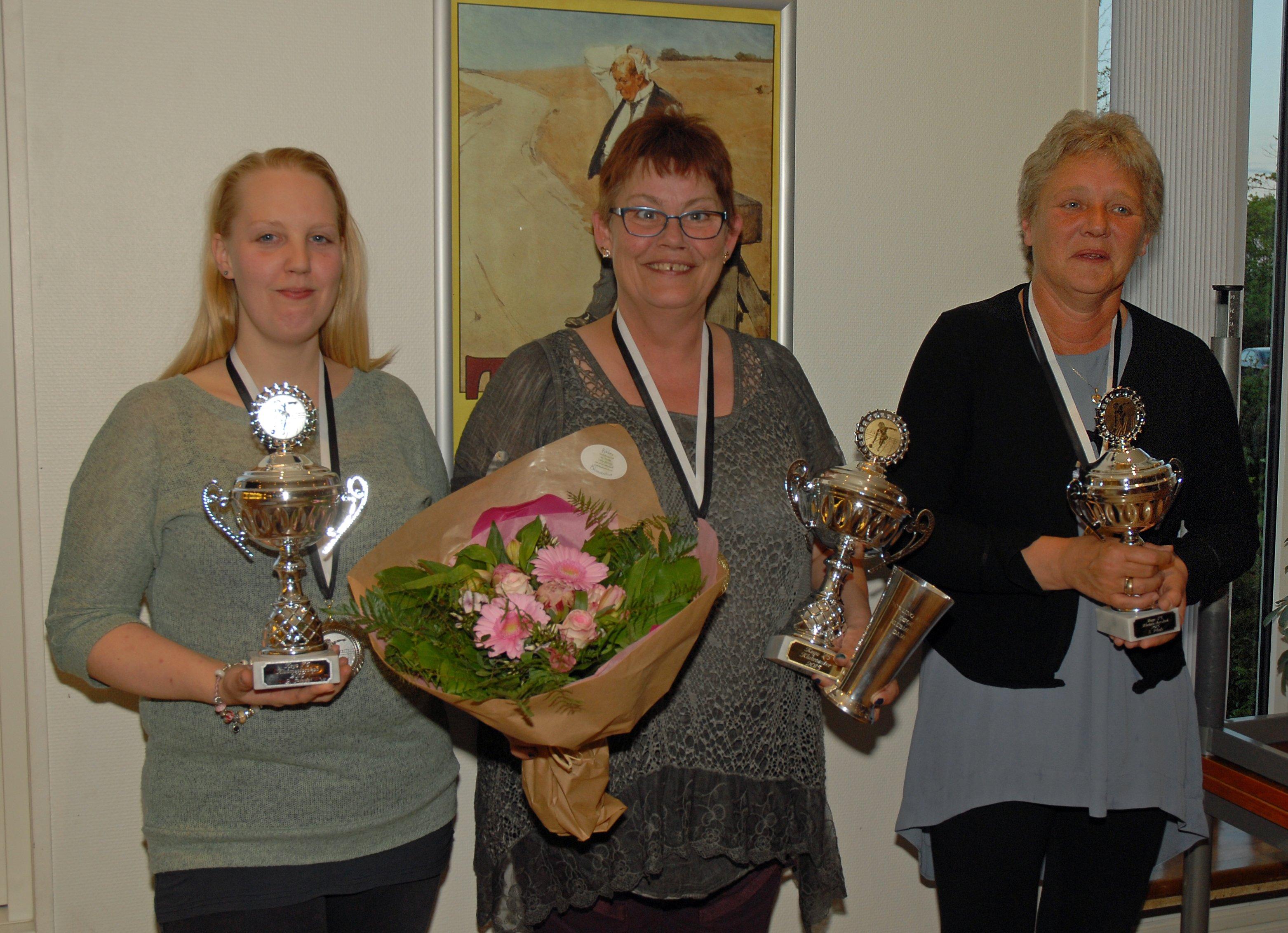 Klubmester damer 2015. Guld til Gitte Jensen, Sølv til Michelle Jensen og Bronze til Berit Schmidt