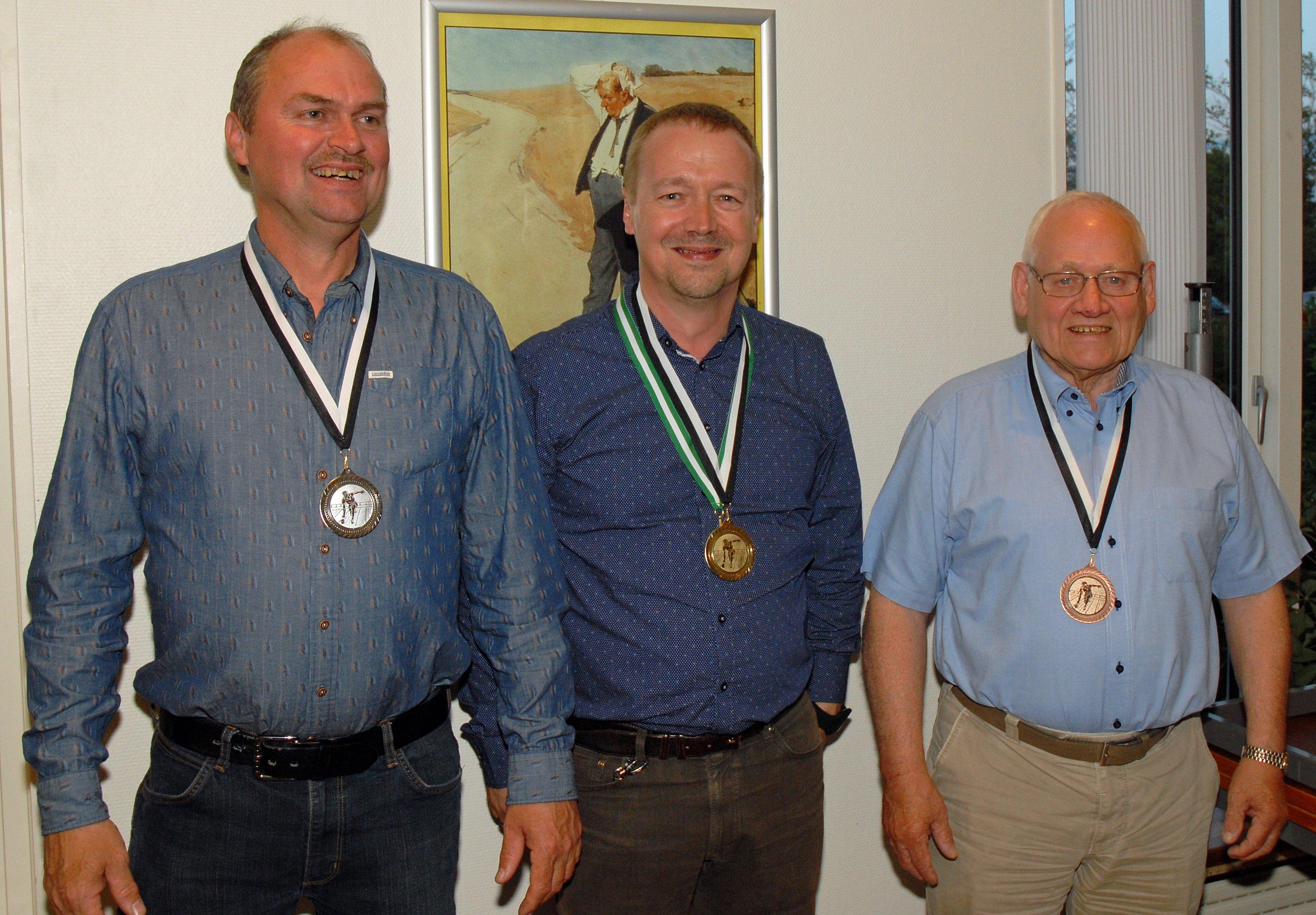Klubmesterskab 2015. Herrer række B. Guld til Per G Sørensen, Sølv til Joe Schmidt og Bronze til Arne Christensen