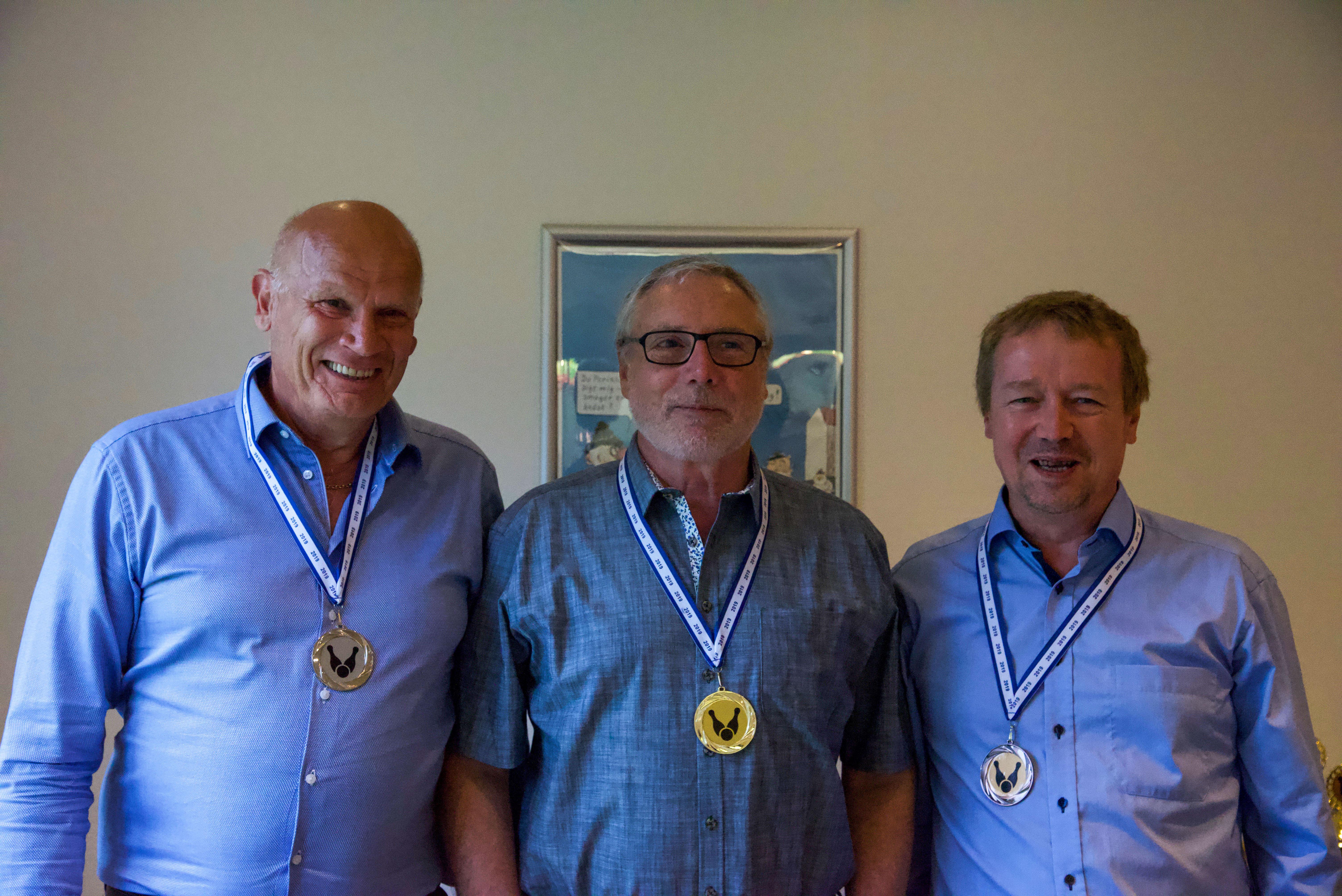Klubmesterskab. Herrer række C. Guld til Ole Thorsager, sølv til John Pedersen, bronze til Per G. Sørensen